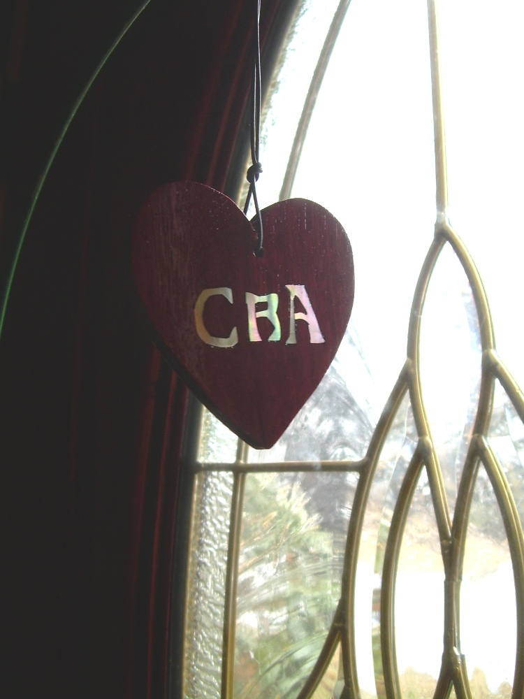 Of course, these remembrance hearts have to be special ordered so the particular initials can be inlaid.