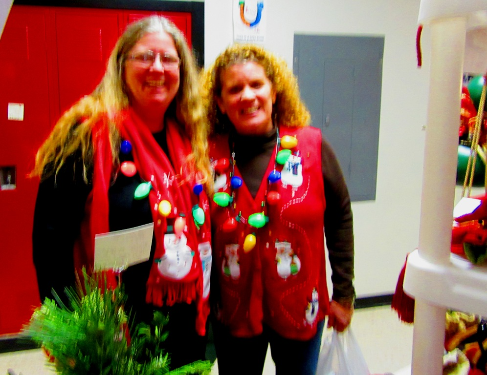Cindy and Lisa love these holiday craft fairs and their exuberance distracted me from noticing that the picture was BLURRY!  Sorry girls!