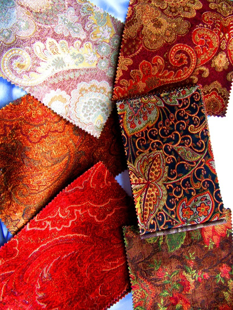 Let me make a bag for you! - You can choose from tapestry brocades…