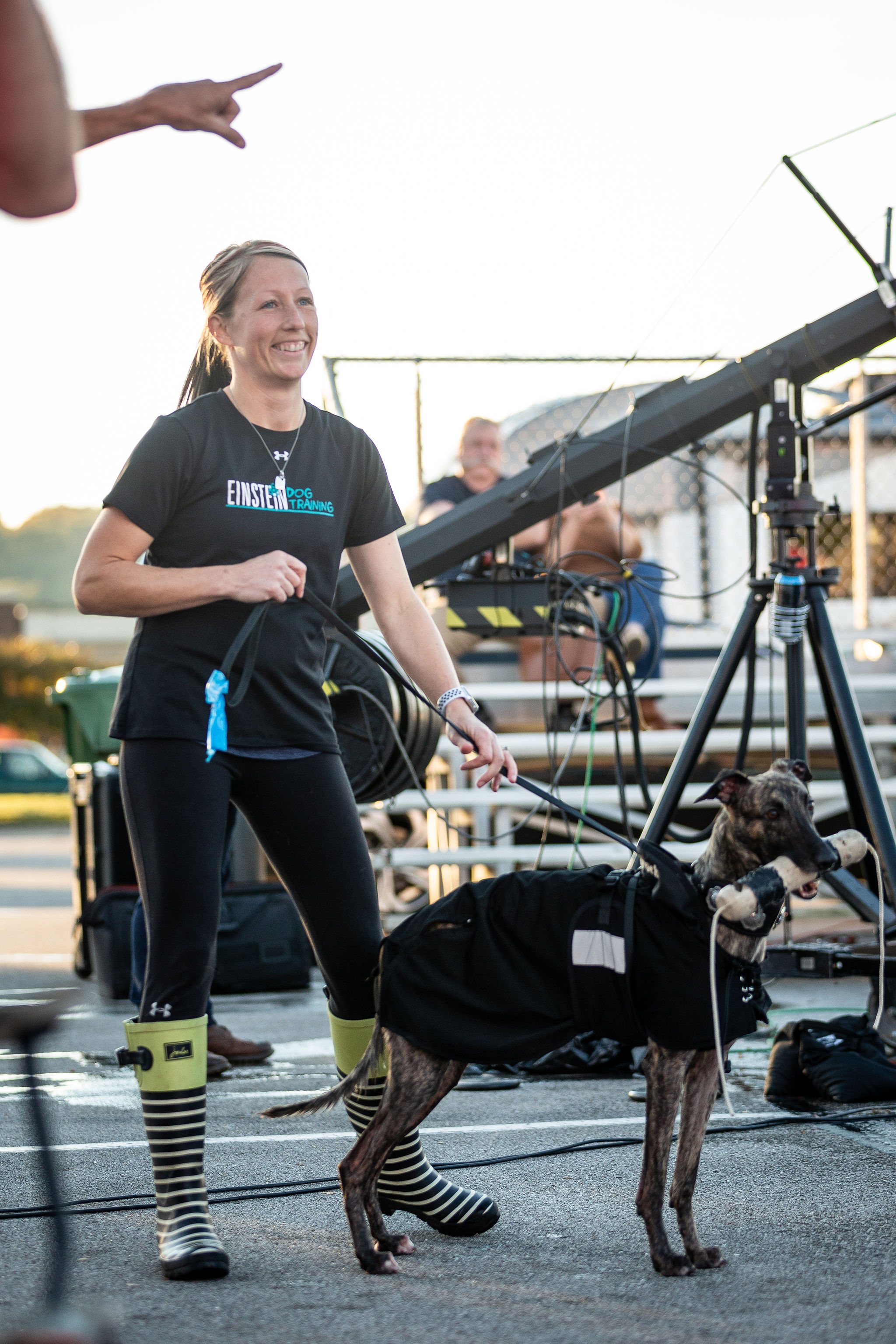 RACHAEL WITH HER whippet slingshot when they announced his 11th world record in the 2018 dock diving season.
