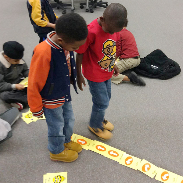 Hour of Code Bee Bots_4x4_web150.jpg