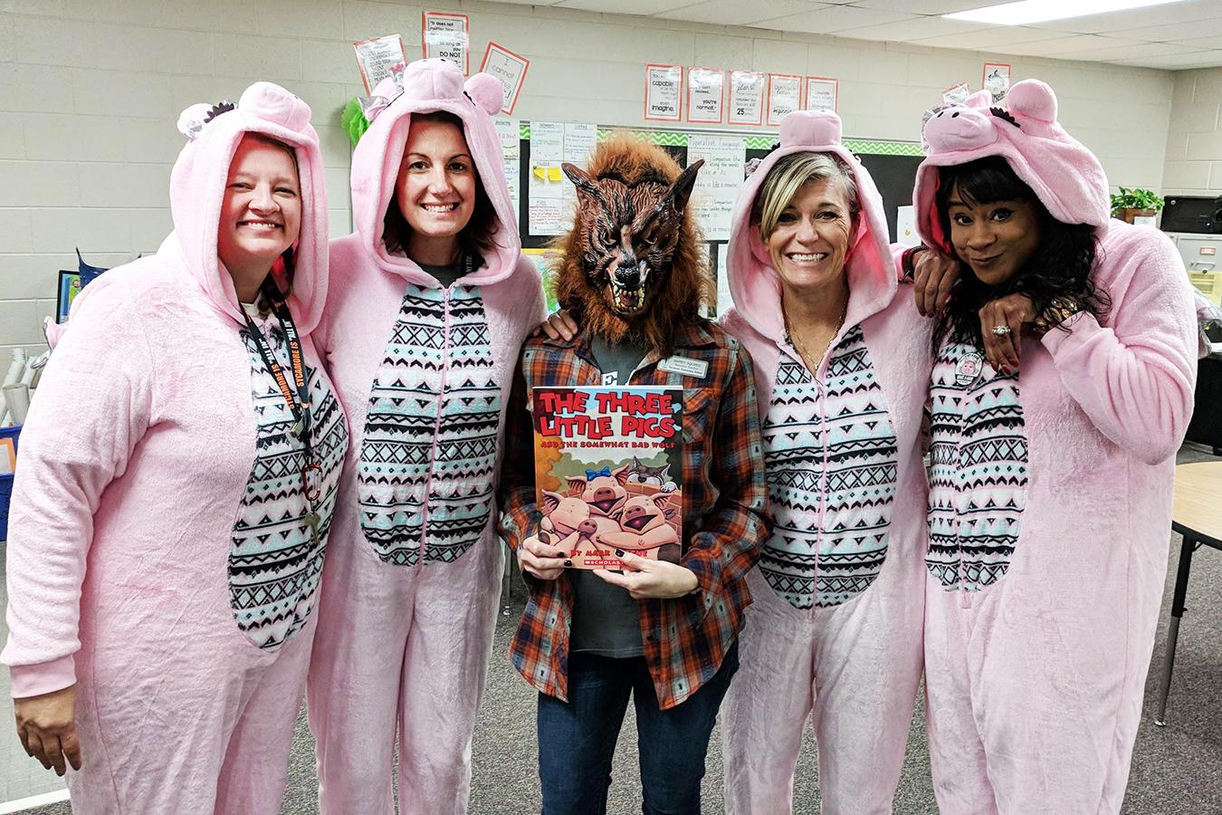 3 Little Pigs Teachers.jpg