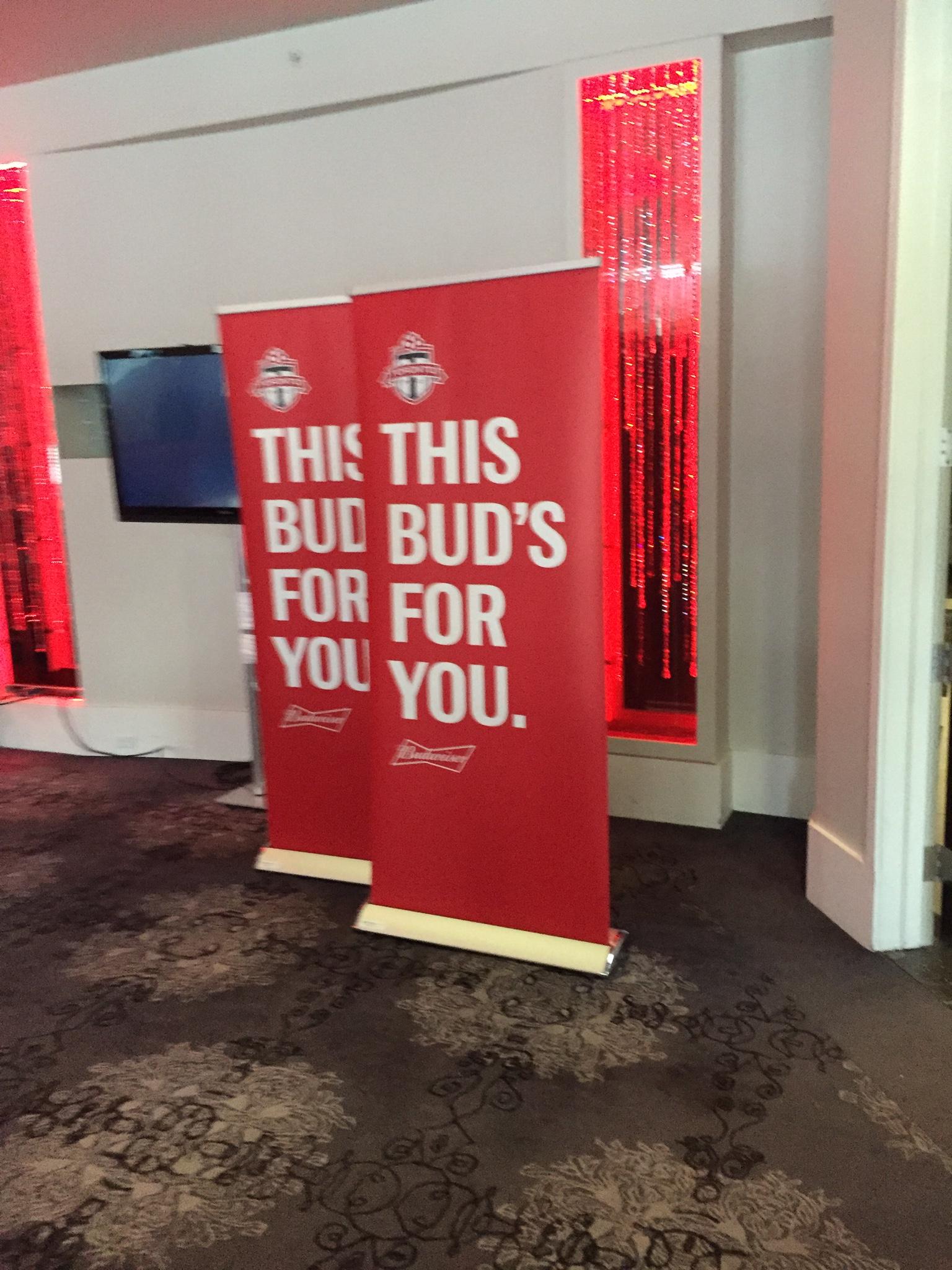 Roller retractable banner - Budweiser & TFC