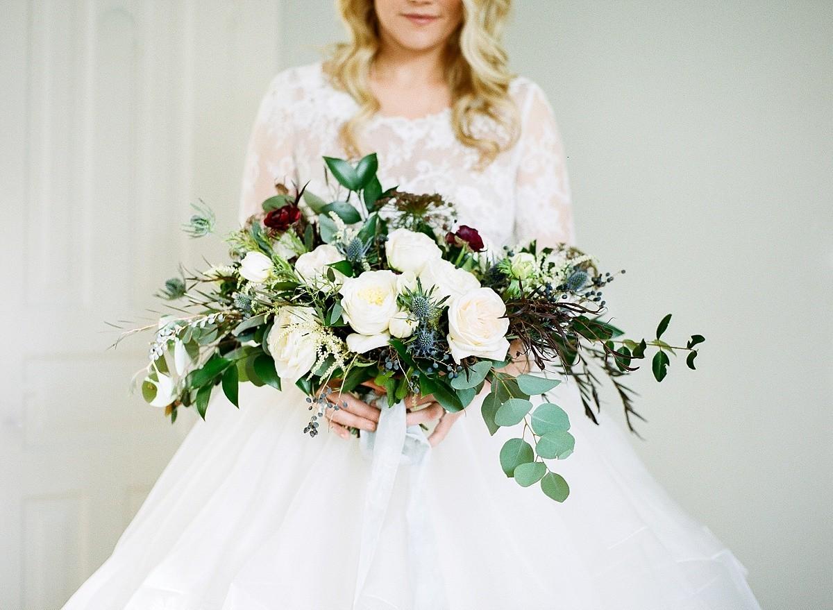Ritchie_Hill_Wedding_Photos_timeless_winter_wedding_smm_photography_22.jpg
