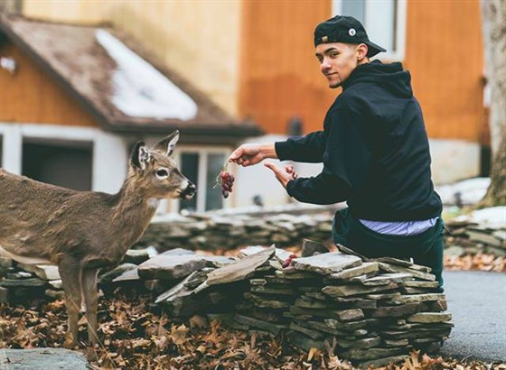 """The """"Everybody Eats"""" meme started with a teenager and his """"pet"""" deer named Money, and now it's evolved into a non-profit raising funds and gathering supplies for Puerto Rican hurricane victims."""