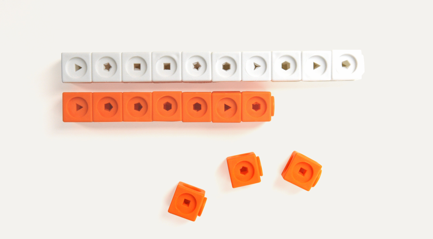 Product 7: Linking Cubes