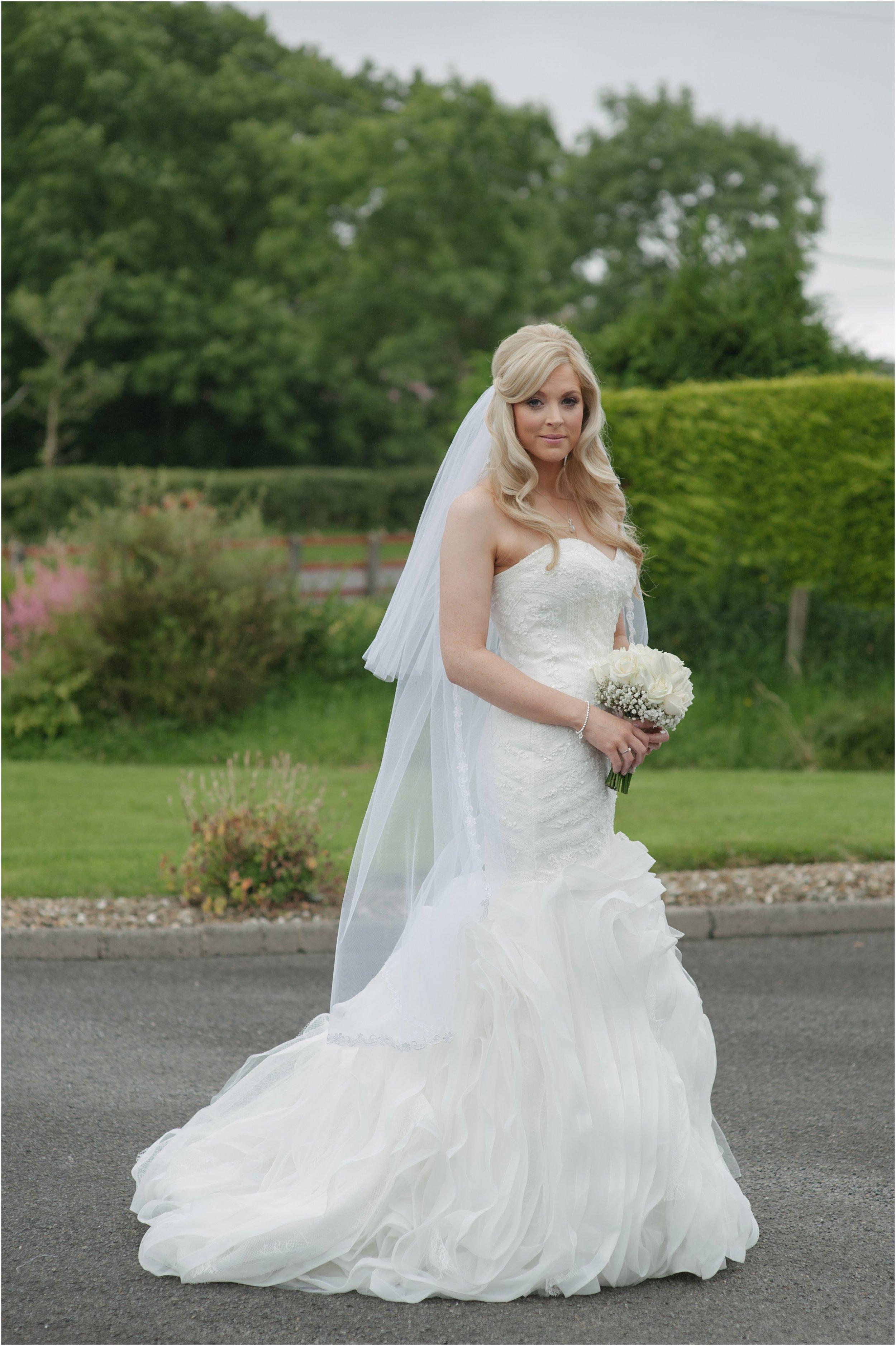 laura-lee-stephen-lough-erne-resort-wedding-photography-co-fermanagh_0017.jpg