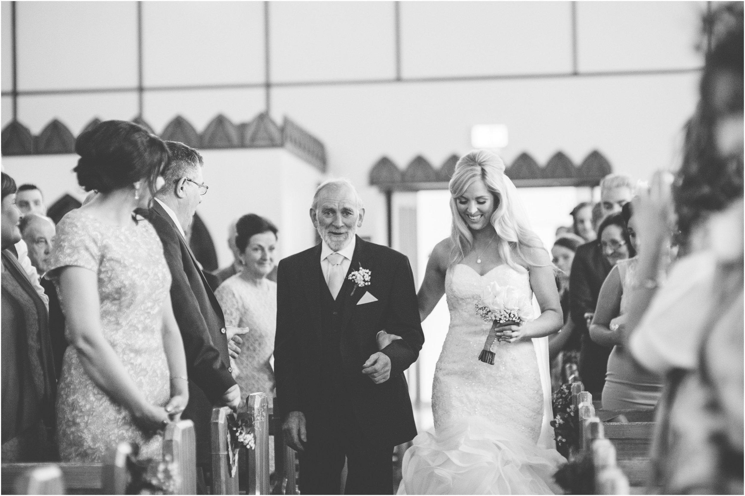 laura-lee-stephen-lough-erne-resort-wedding-photography-co-fermanagh_0030.jpg