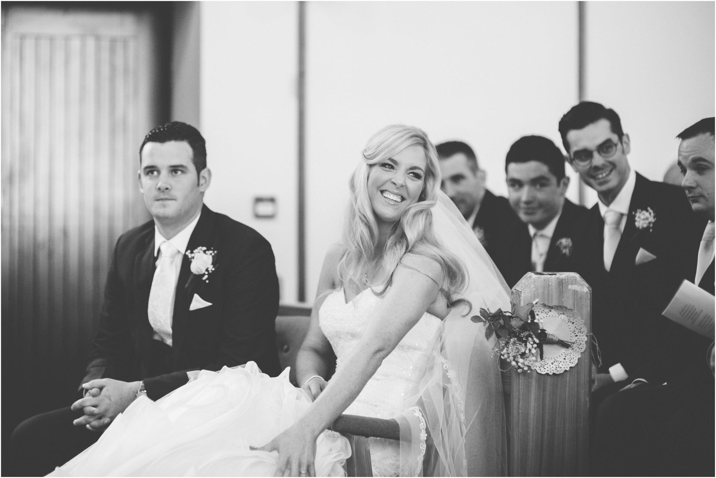 laura-lee-stephen-lough-erne-resort-wedding-photography-co-fermanagh_0035.jpg