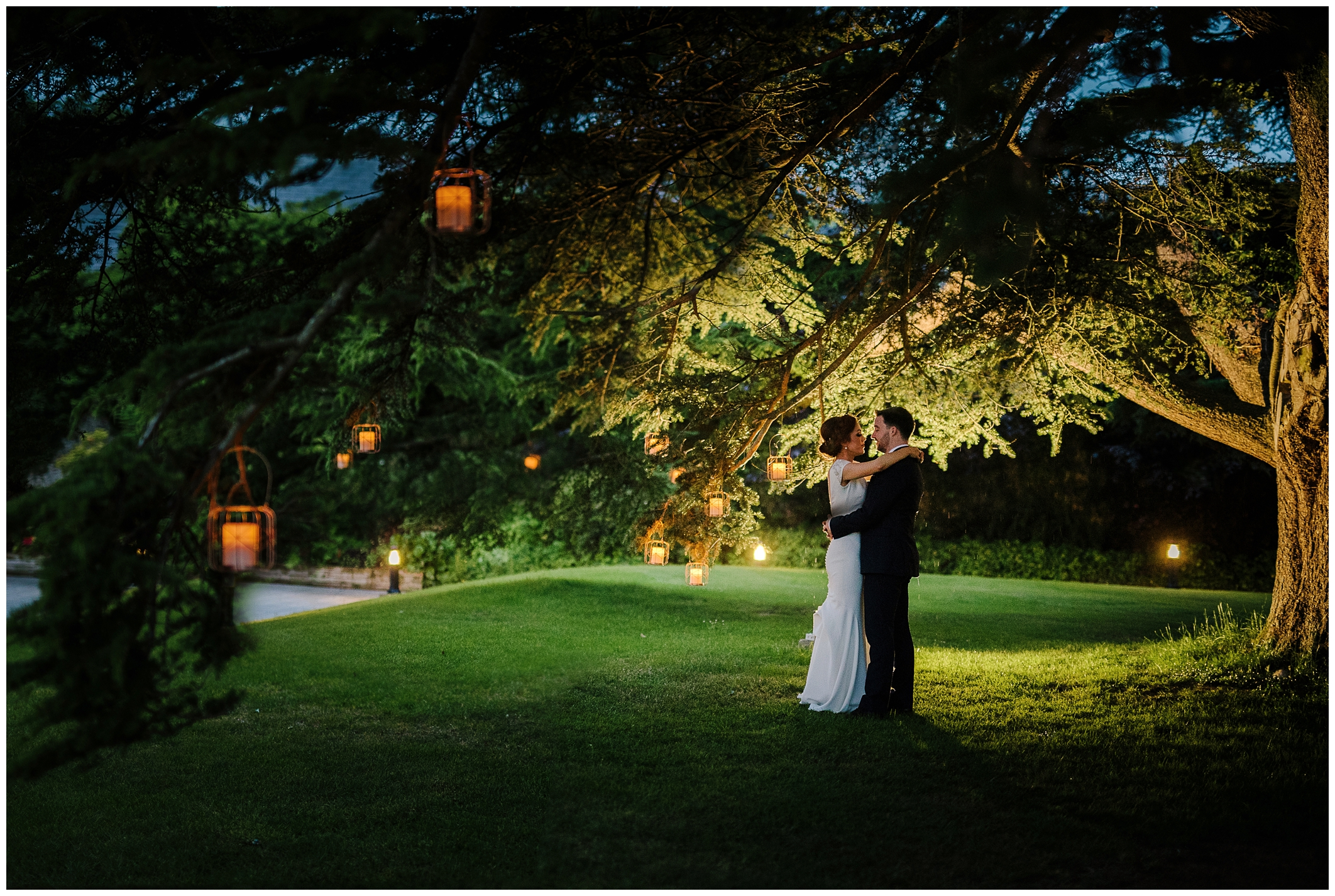 sinead_emmet_farnham_estate_wedding_jude_browne_photography_0147.jpg