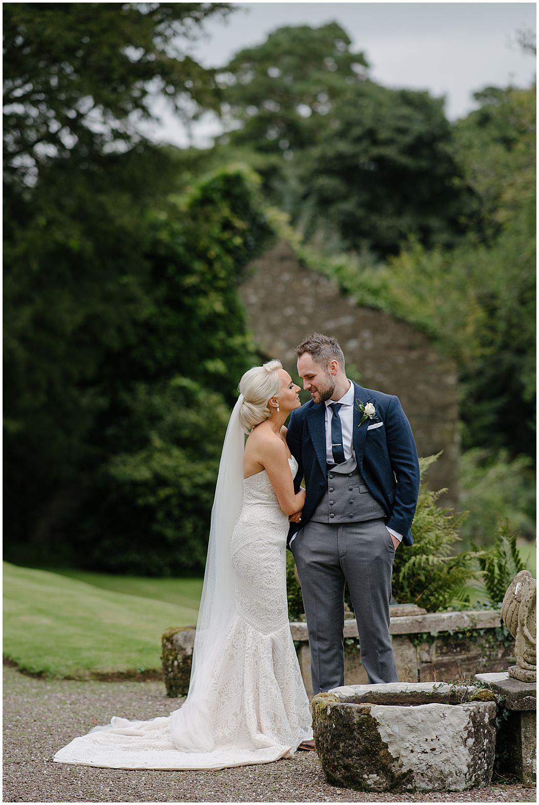 tempo-manor-wedding-jude-browne-photography_0099.jpg