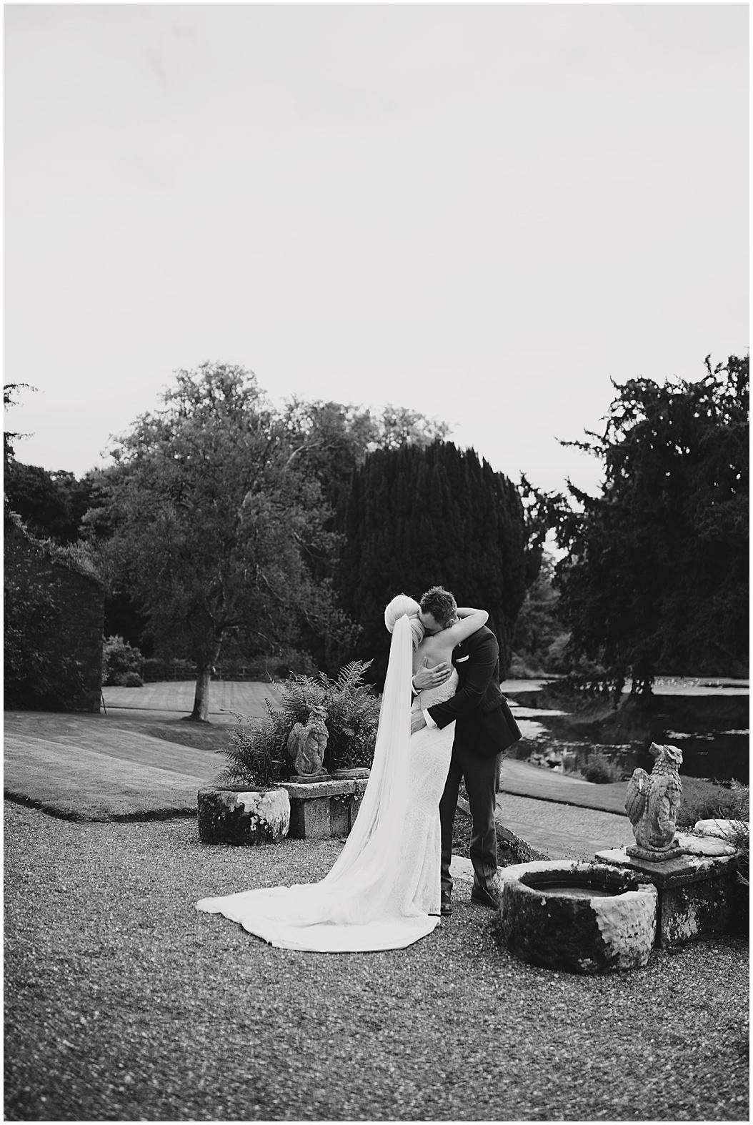 tempo-manor-wedding-jude-browne-photography_0105.jpg