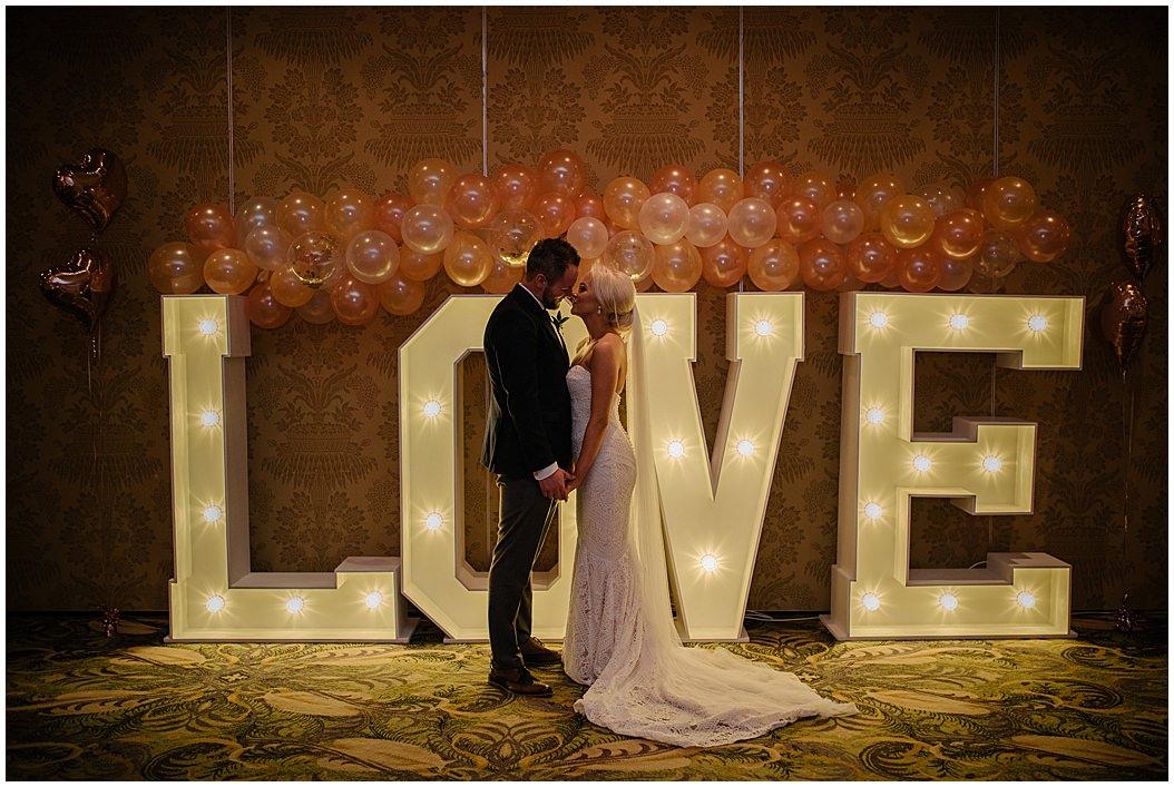 tempo-manor-wedding-jude-browne-photography_0125.jpg