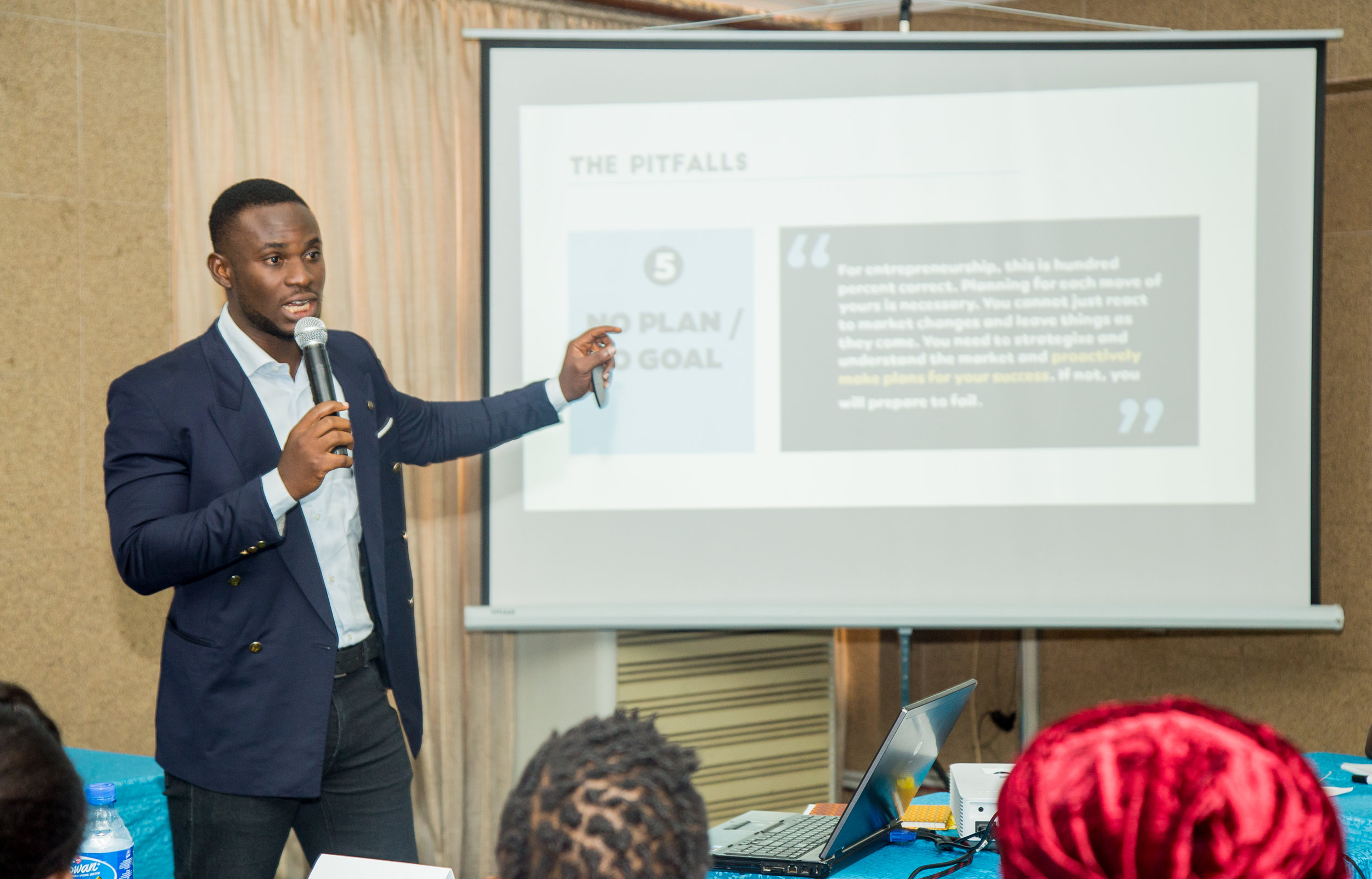 One of the Resource persons teaching on the common Pitfalls in entrepreneurship.