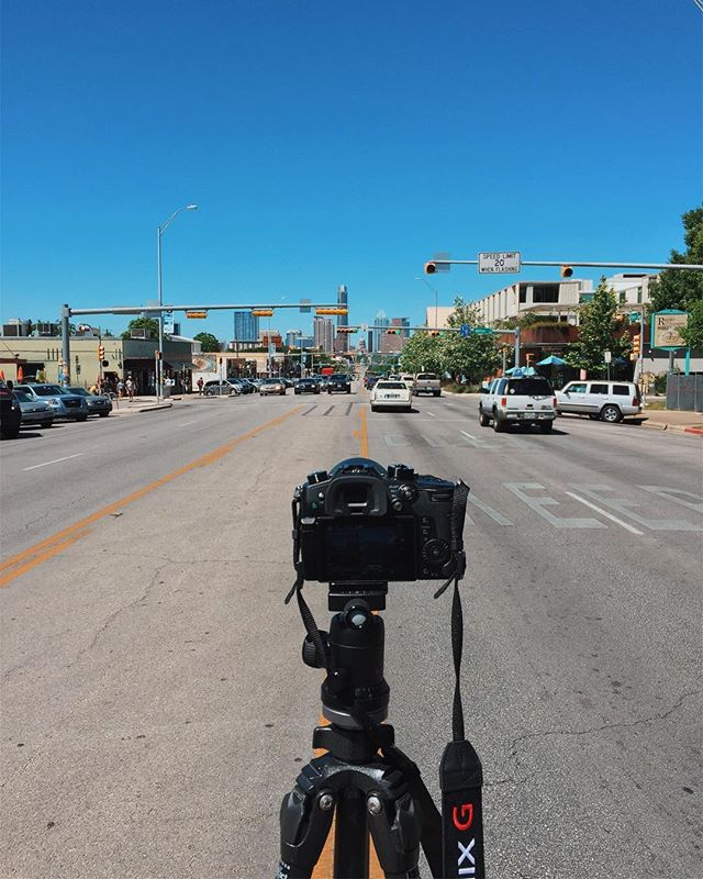 Timelapse work in Austin 🌃 #gibsonshowroom #austin #texasgram #texas #everythingisbiggerintexas . #wherearewe . ✨ #rundownmagazine #burnmagazine #fotografiamagaz #myfeatureshoot #odtakeovers #somewheremagazine #noicemag #gupmagazine #letsgosomewhere #helloicp #rentalmag #fotomobile #fotographia #oftheafternoon #paperjournalmag #wanderfolk #exploreeverything #finditliveit #silvermag #awesupply #dazedandexposed #fujifeed #photographersoninstagram