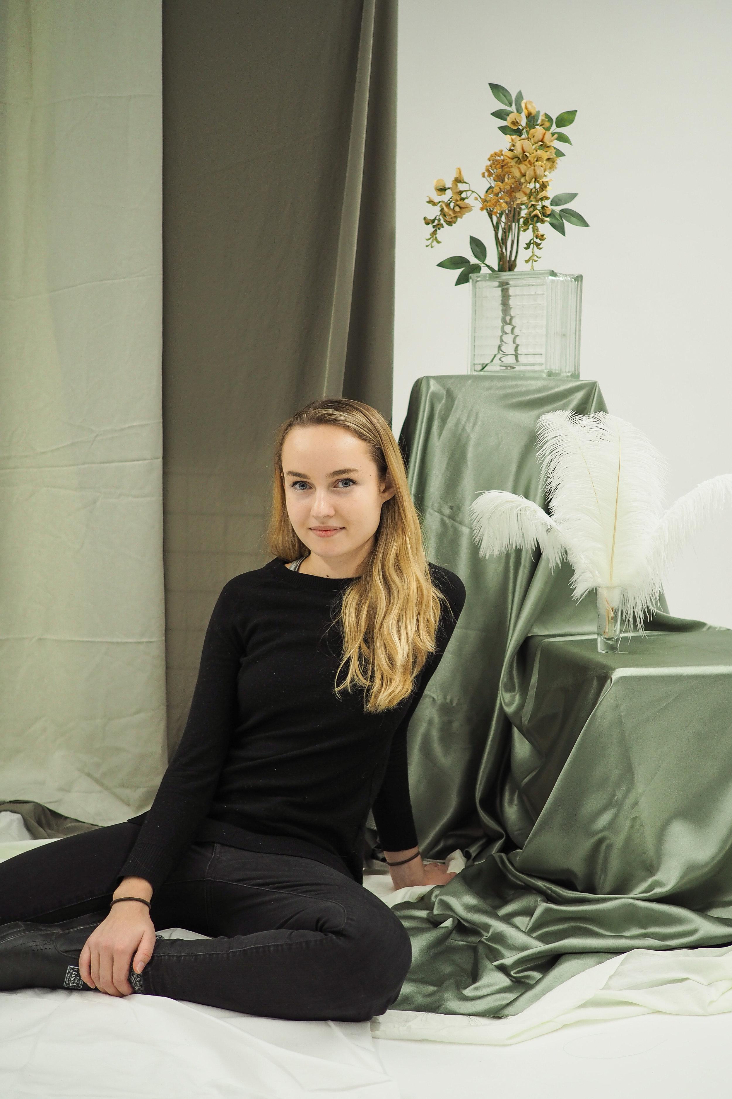 Sabrina Schaefer2.jpg