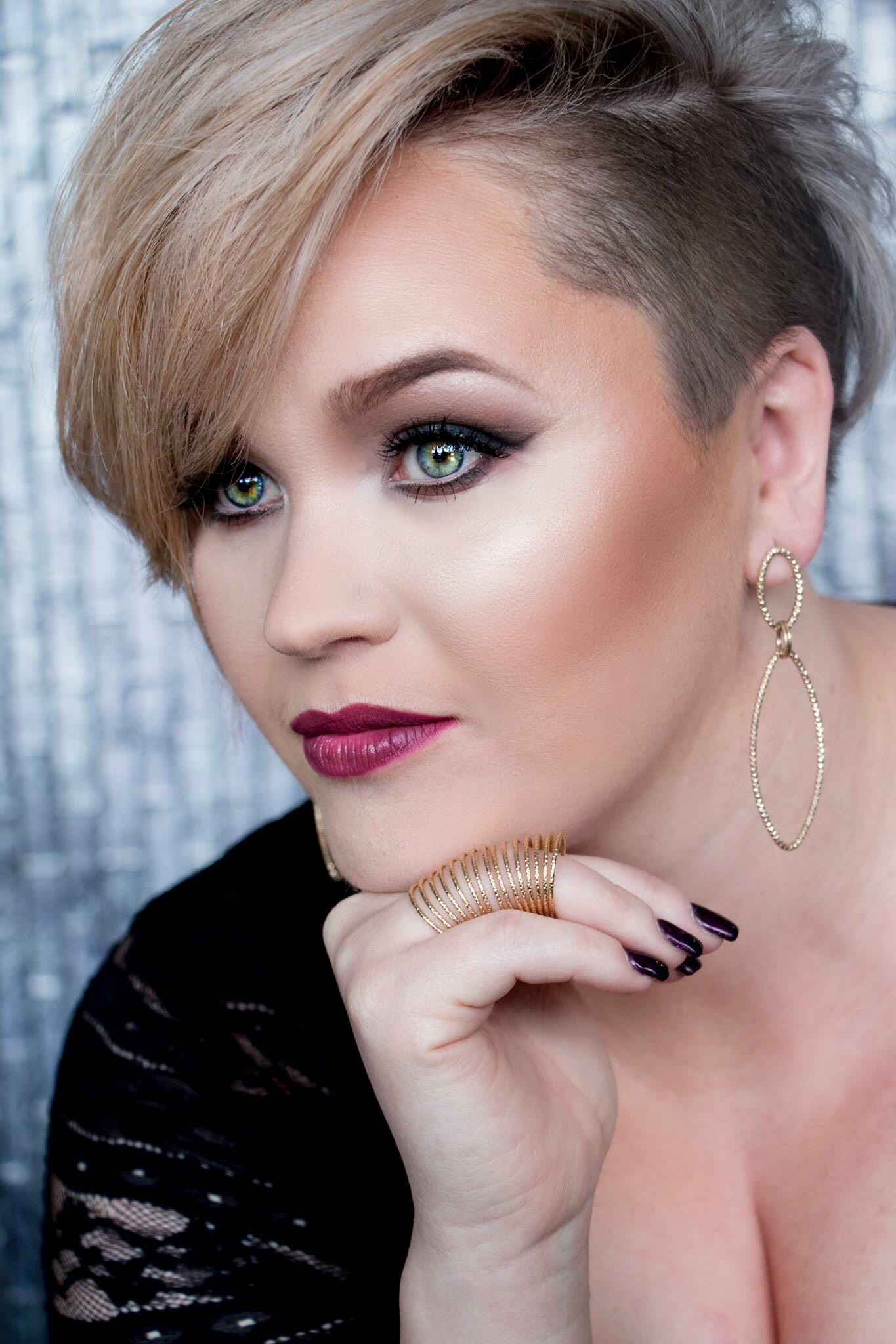 Cassandra Platinumi: July Featured Artist on the Confessions Educational App for Hairstylists