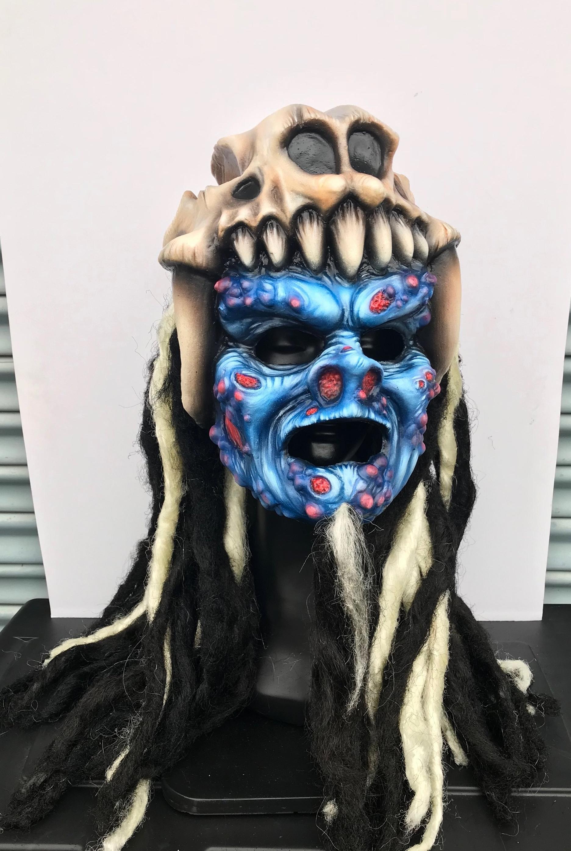 Pustulus Mask