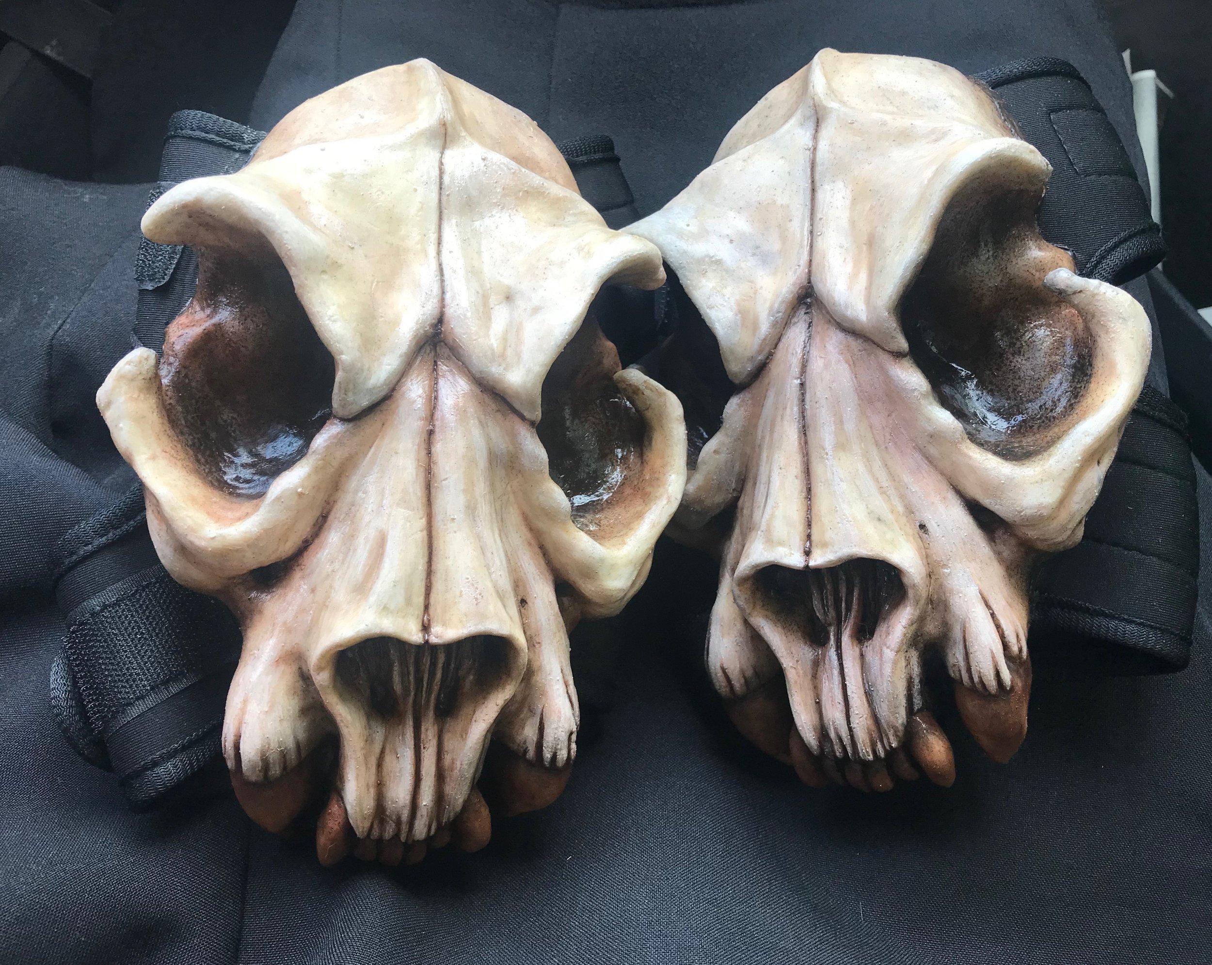 Skull Knee Pads