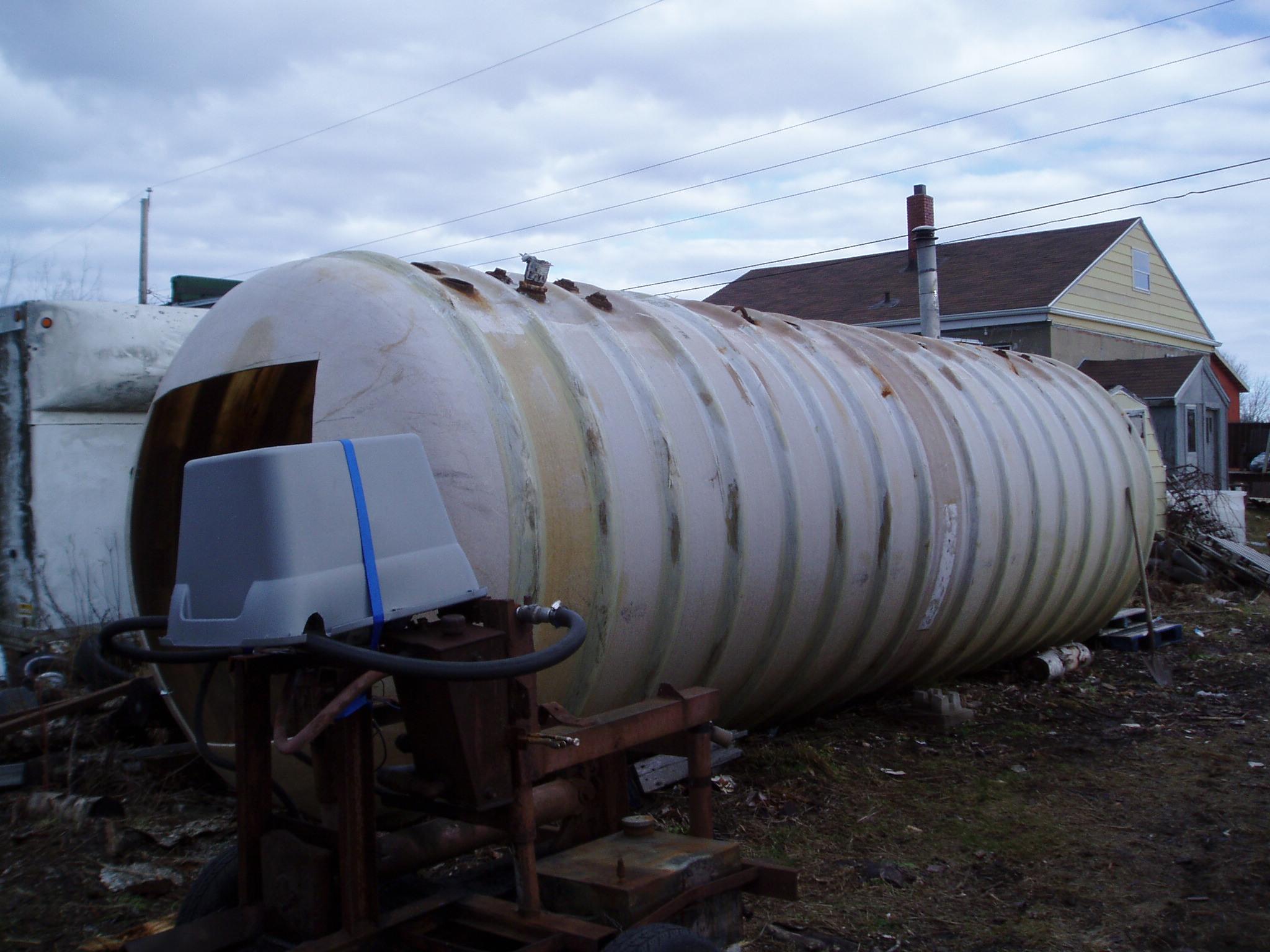 Fuel-tank-stored-in-junkyard.jpg