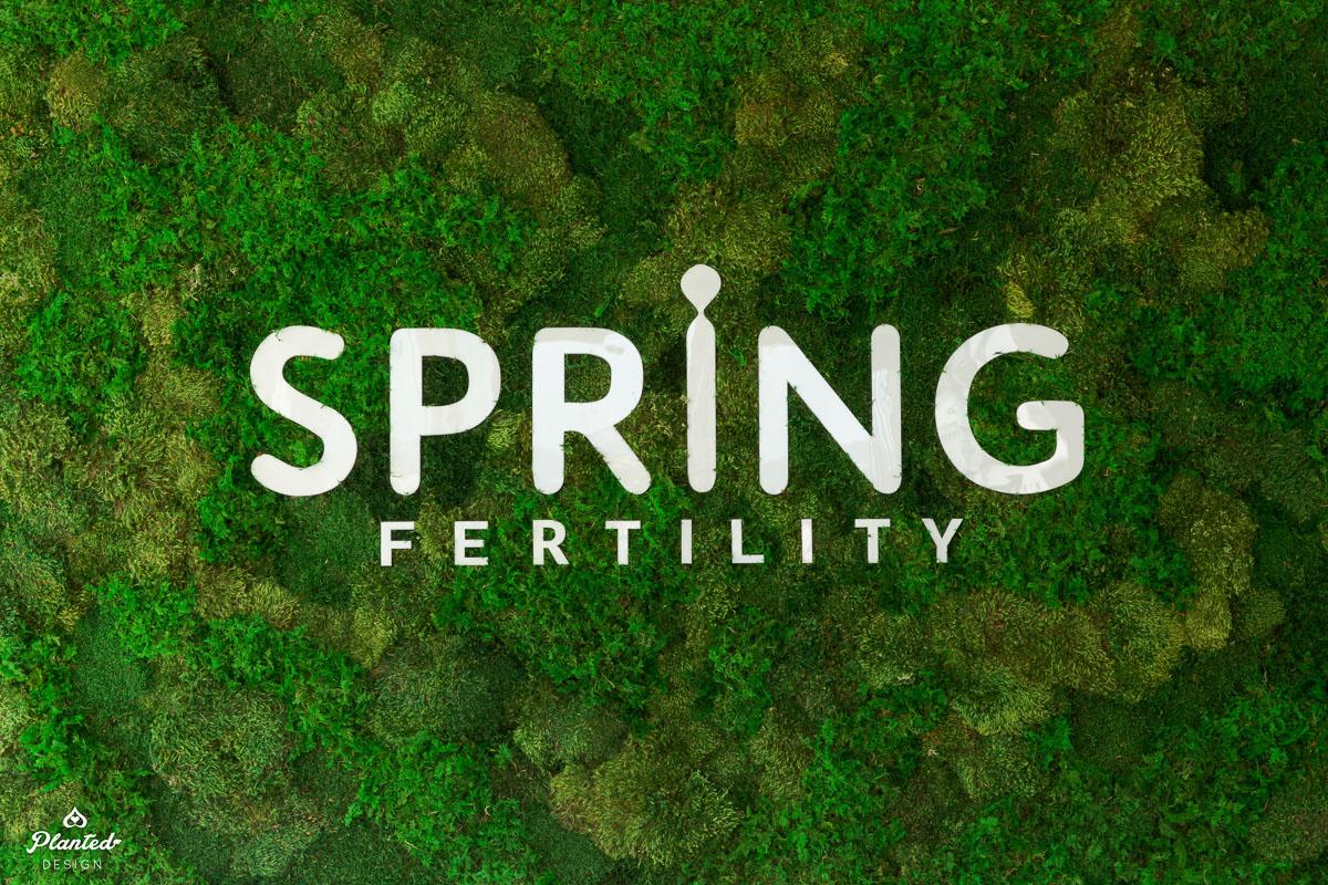 PlantedDesign_MossWall_SrpingFertility_Oakland_California_Reception_4323.jpg