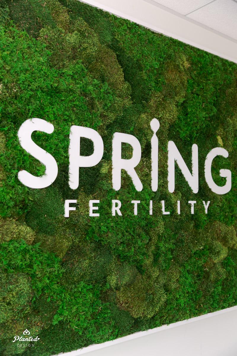 PlantedDesign_MossWall_SrpingFertility_Oakland_California_Reception_4346.jpg