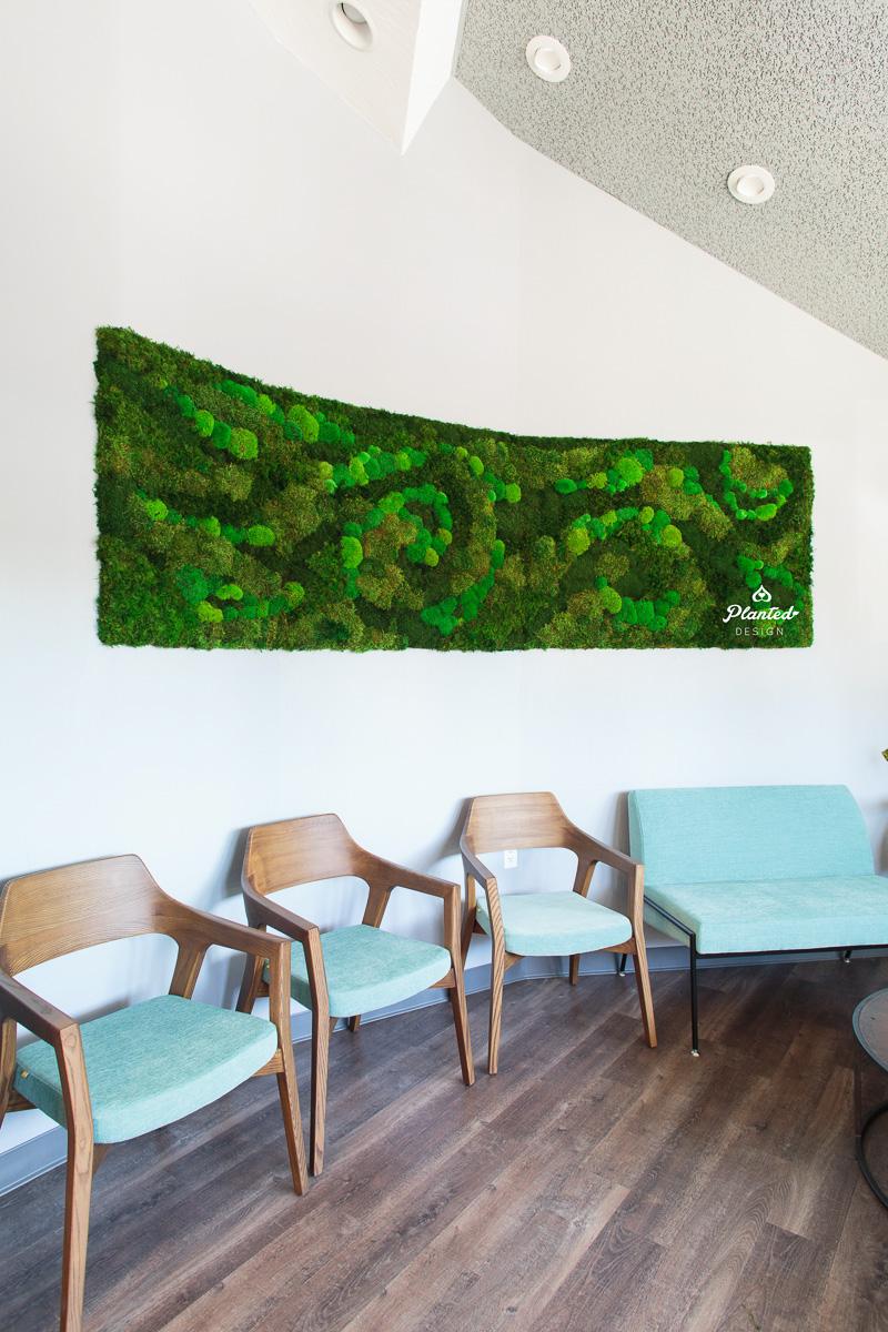 PlantedDesign_Landmark_Dental_MossWall_Santa_Cruz_California_Reception_8705.jpg