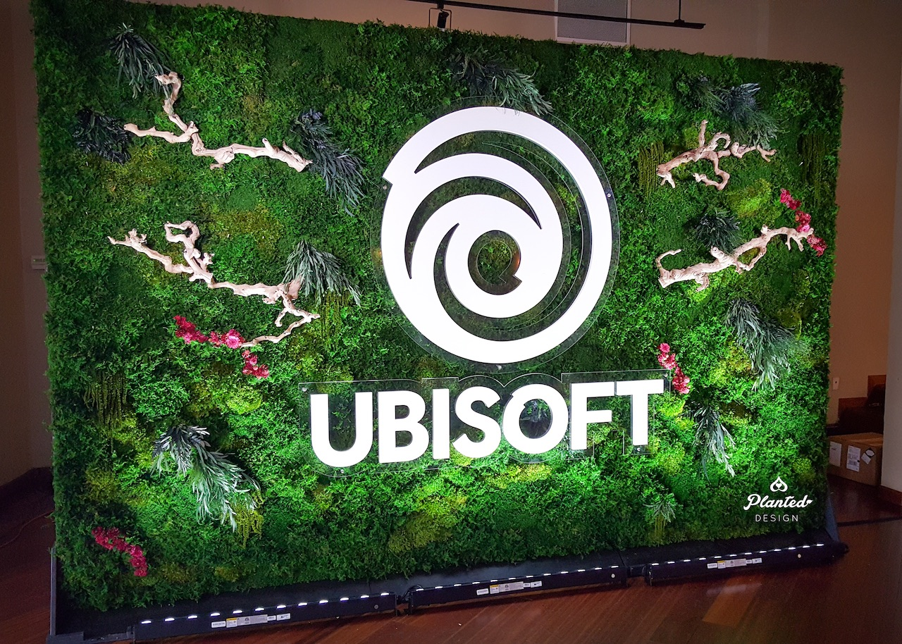 Ubisoft  — Rental Moss Wall