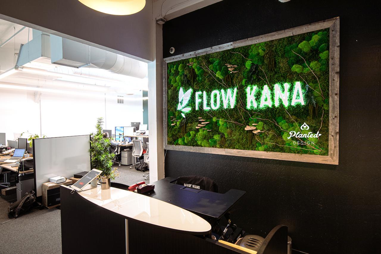 Flow Kana  — Moss Wall