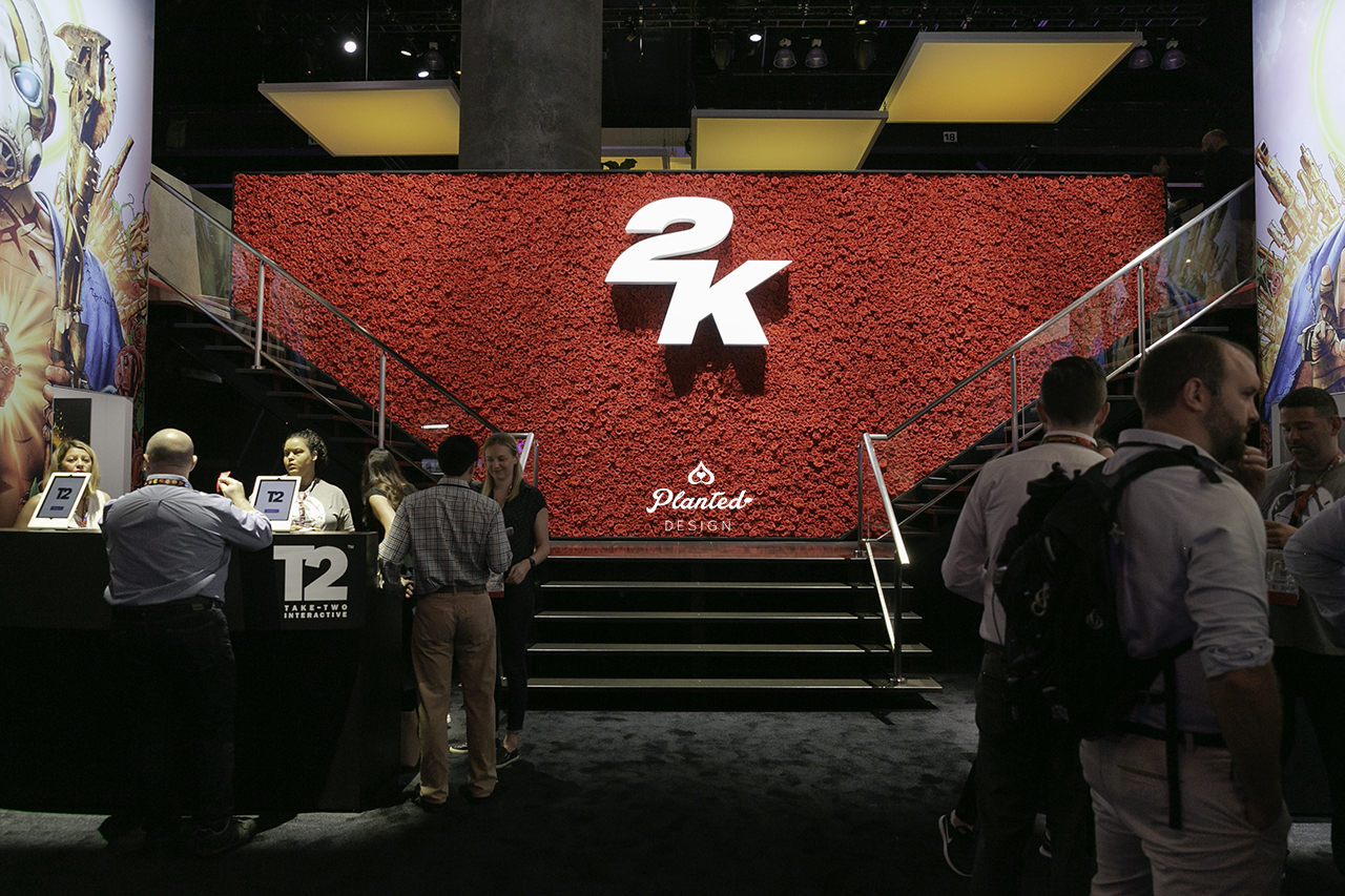 PlantedDesign_Borderlands_3_Rose_Plant_Moss_Flower_Wall_2K_E3_Expo_2019_Gaming_Conference_Tradeshow_LA_Convention_Center-0024.jpg
