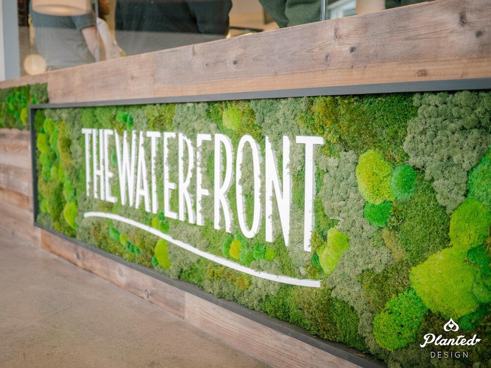 PlantedDesign_MossWalll_Waterfront_Alameda_California_FoodCourt-14.jpg
