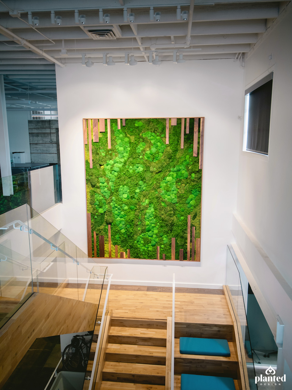 PlantedDesign_MossWall_PerfectDayFoods_Emeryville_California_Office-2_fixed.jpg