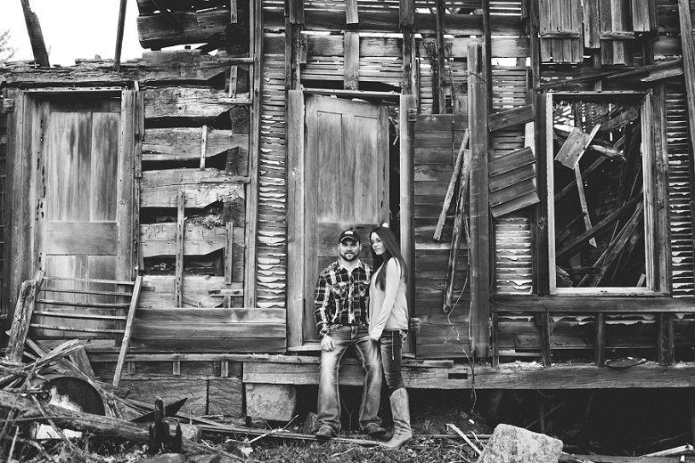 CountryRusticEngagement_Mallory+Justin-75.jpg