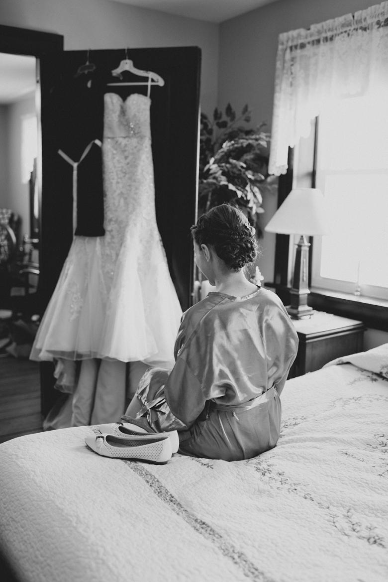 BrooksideFarm_Ohio_Barn_Wedding-7.jpg