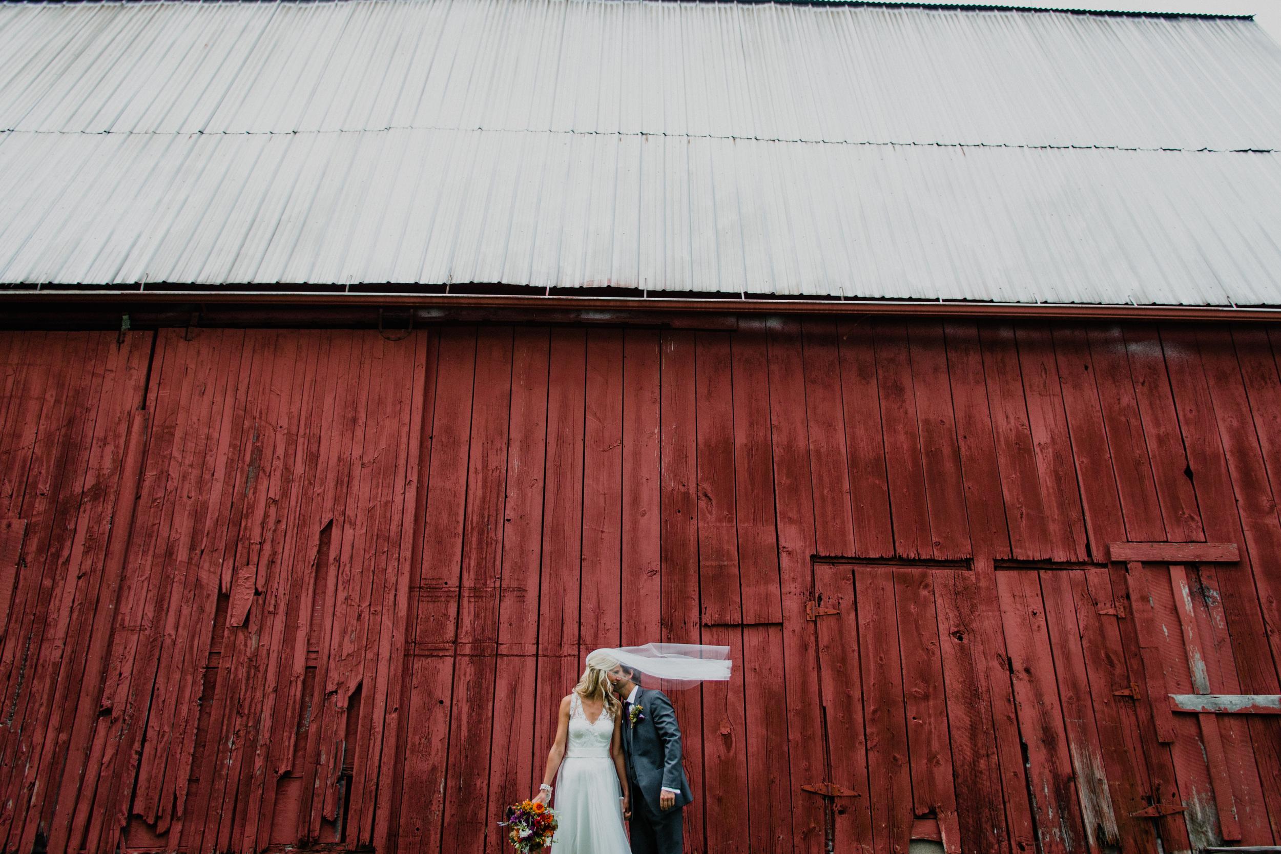 TomsCountryPlace-Avon-Wedding-Susie+Brian_M+JPhoto-4.JPG