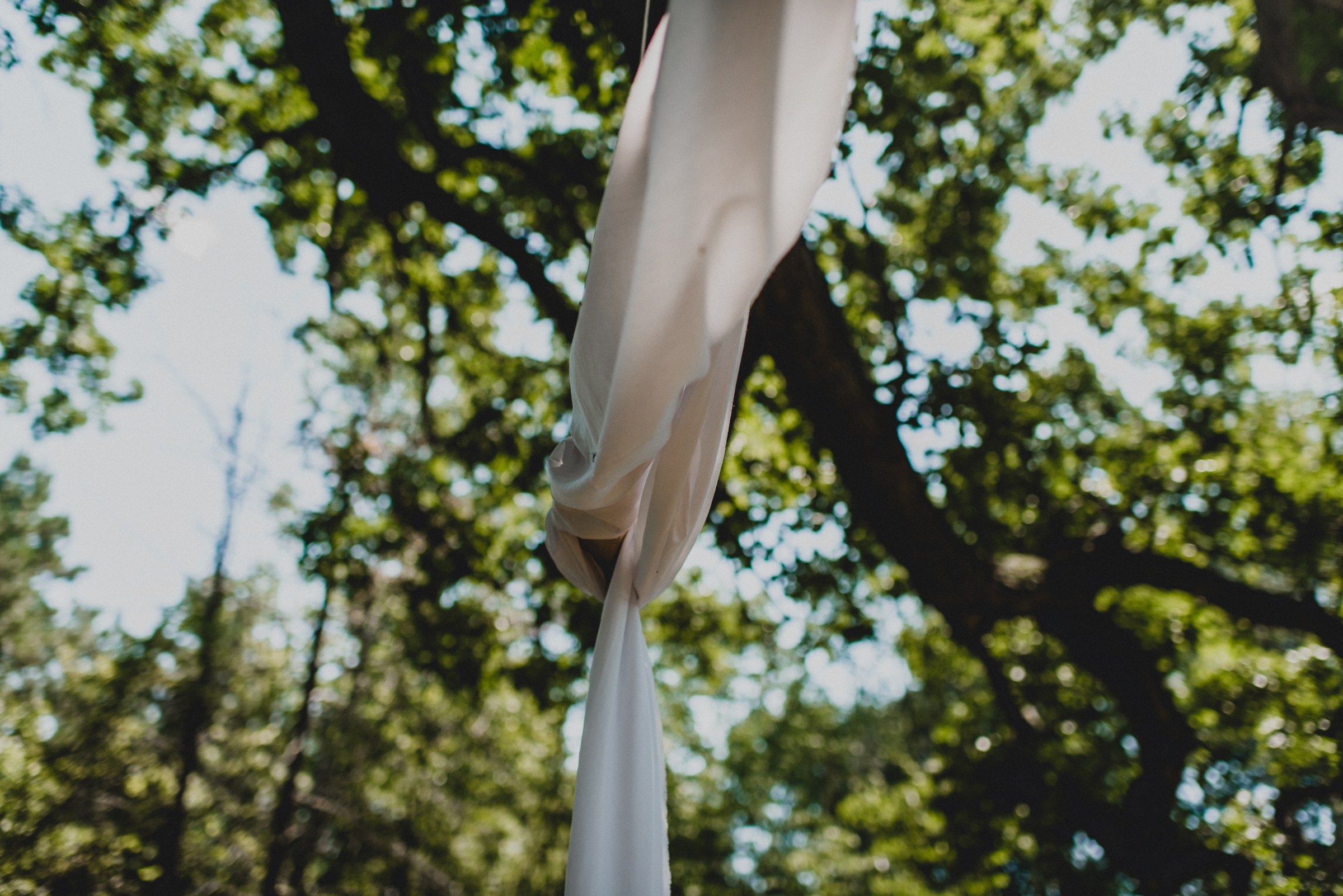 Intimate-Backyard-Farmhouse-Ohio-Wedding-Andi+Ben_Mallory+Justin-Photographers-5.JPG
