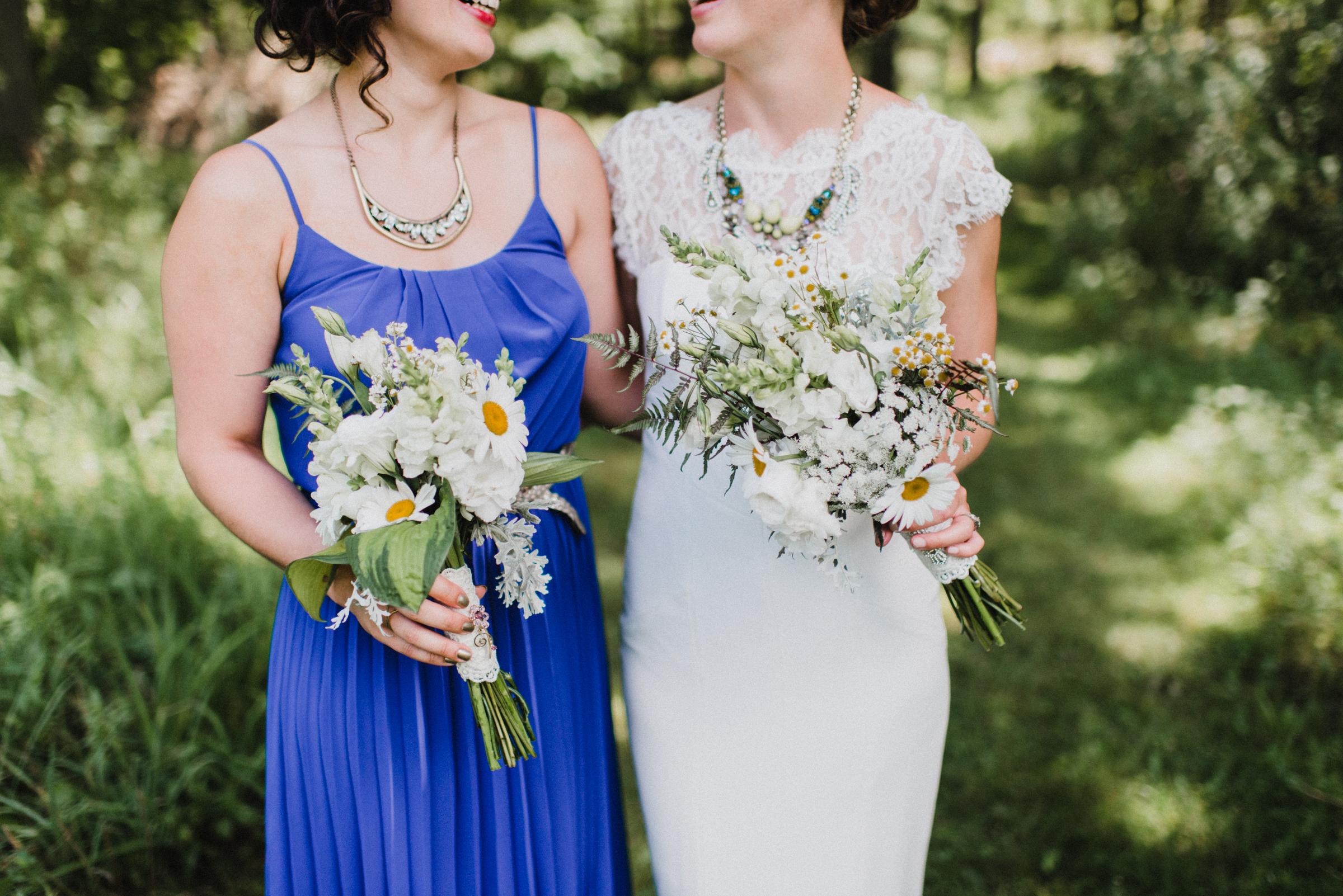 Intimate-Backyard-Farmhouse-Ohio-Wedding-Andi+Ben_Mallory+Justin-Photographers-119.JPG