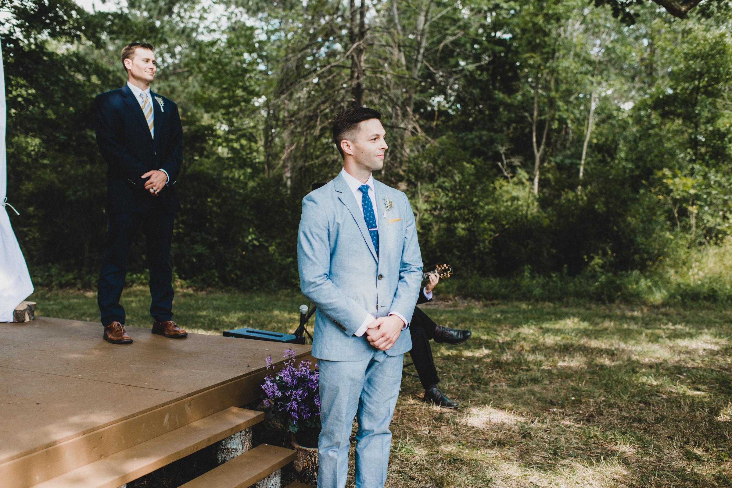 Intimate-Backyard-Farmhouse-Ohio-Wedding-Andi+Ben_Mallory+Justin-Photographers-148.JPG