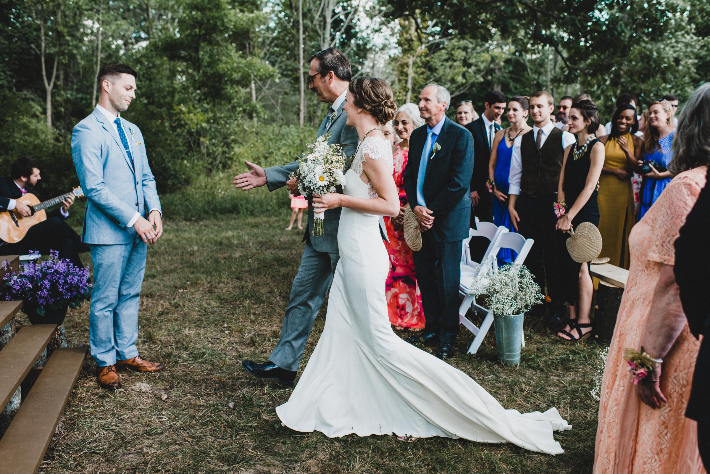 Intimate-Backyard-Farmhouse-Ohio-Wedding-Andi+Ben_Mallory+Justin-Photographers-154.JPG
