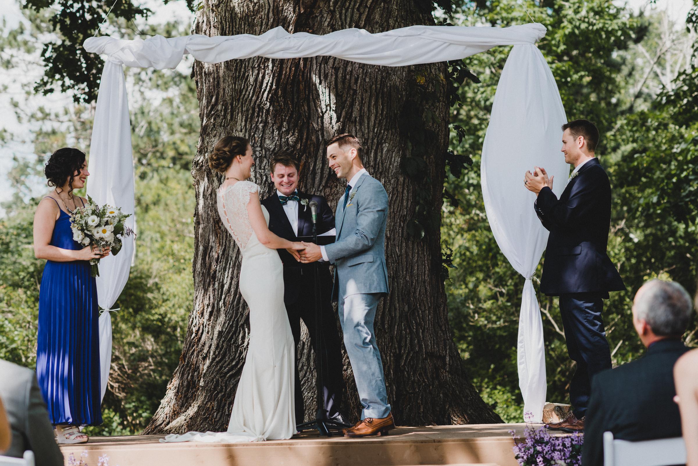 Intimate-Backyard-Farmhouse-Ohio-Wedding-Andi+Ben_Mallory+Justin-Photographers-167.JPG