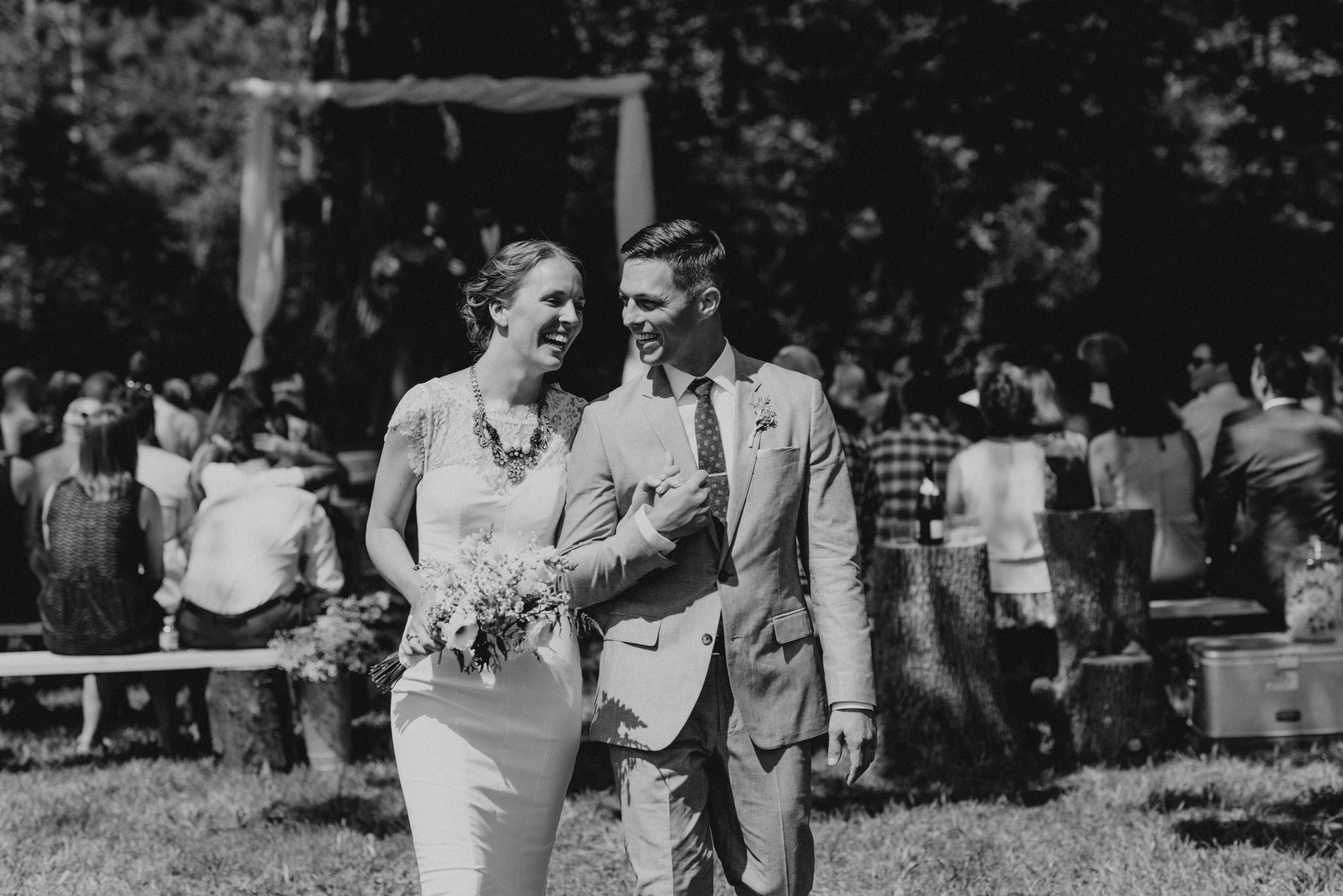Intimate-Backyard-Farmhouse-Ohio-Wedding-Andi+Ben_Mallory+Justin-Photographers-171.JPG