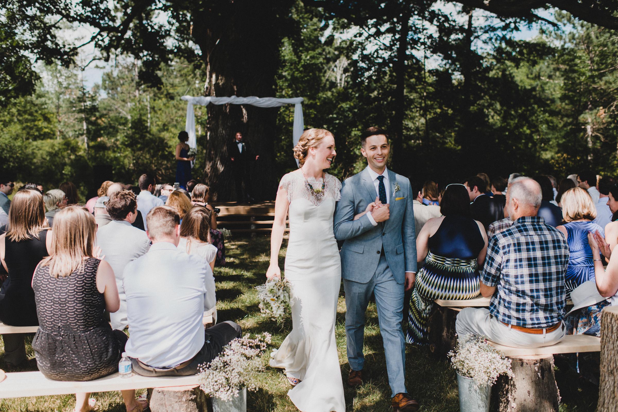 Intimate-Backyard-Farmhouse-Ohio-Wedding-Andi+Ben_Mallory+Justin-Photographers-172.JPG