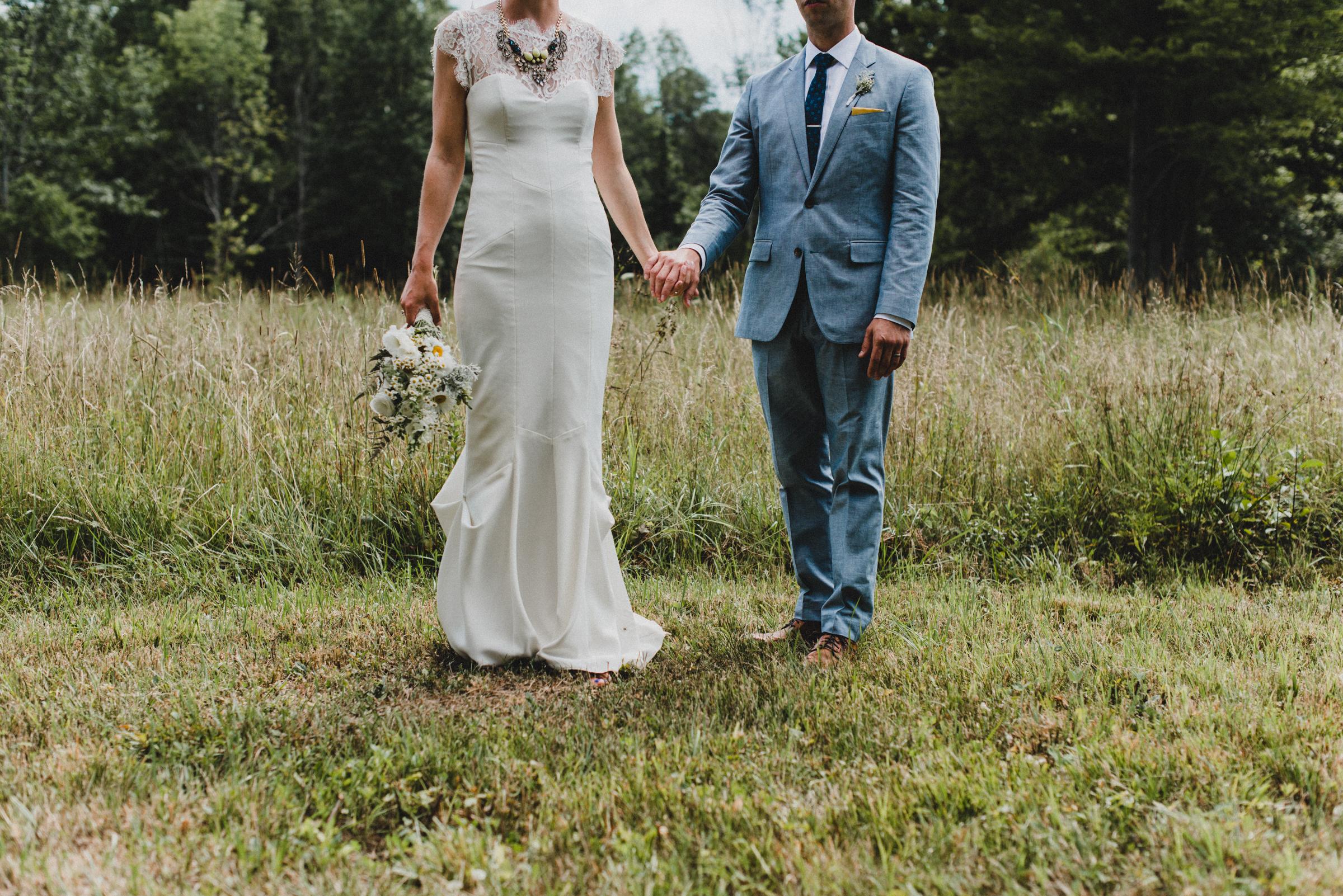 Intimate-Backyard-Farmhouse-Ohio-Wedding-Andi+Ben_Mallory+Justin-Photographers-176.JPG