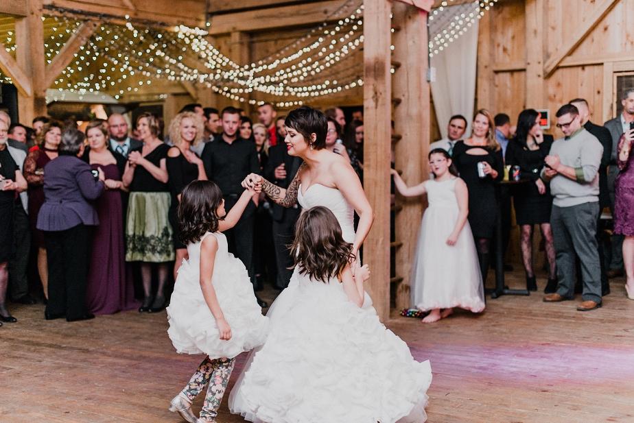 Rivercrest-Farm-Wedding-Lisa+Brad_Mallory+JustinPhoto-784.JPG