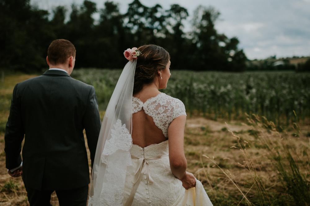 Peacock-Ridge-Farm-Wedding-MalloryandJustin-Photographers-16.jpg