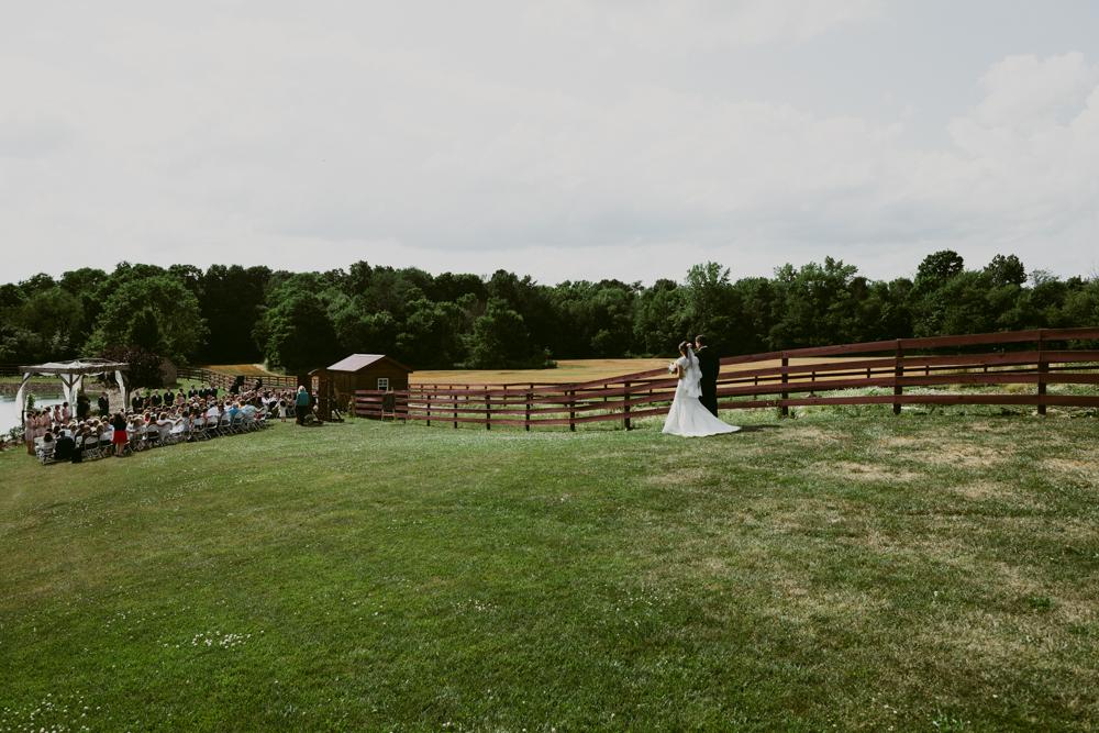 Peacock-Ridge-Farm-Wedding-MalloryandJustin-Photographers-50.jpg
