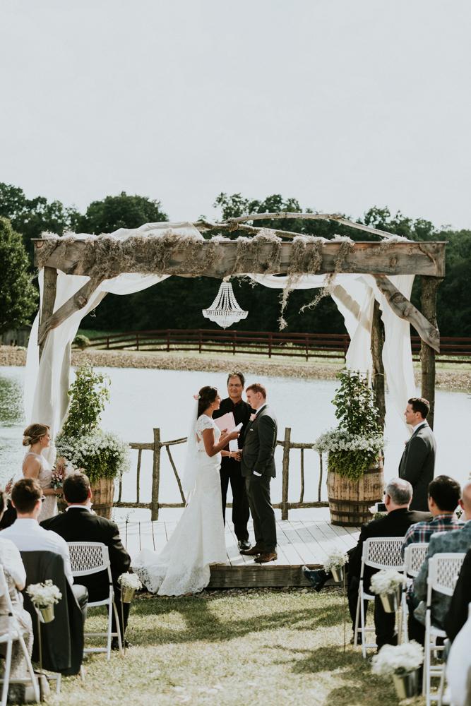 Peacock-Ridge-Farm-Wedding-MalloryandJustin-Photographers-56.jpg
