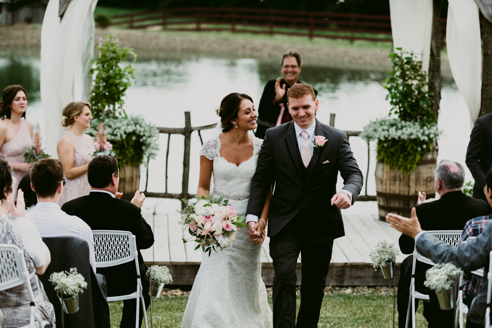 Peacock-Ridge-Farm-Wedding-MalloryandJustin-Photographers-58.jpg