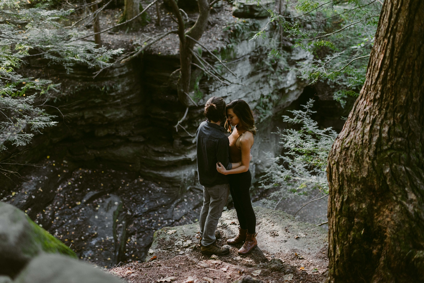 Wildnerness-Waterfall_Couples-Session_DocumentaryPhotographer_MJPHOTO-115.JPG