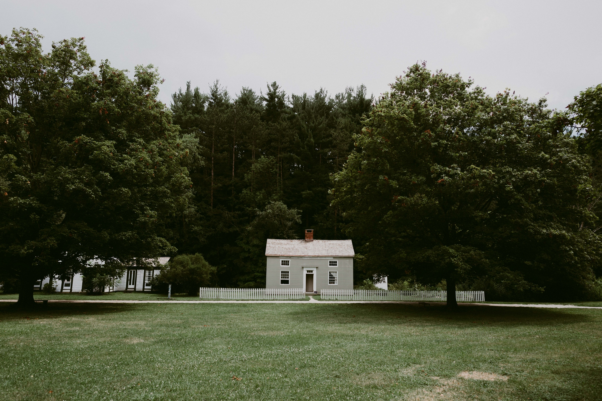 Hines-Hill-Farm-Cuyahoga-Valley-National-Park-Wedding_Emi+Andy_MJPHOTO-9.jpg